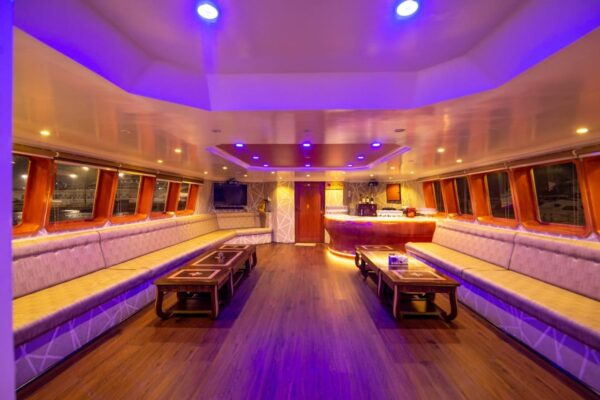 150ft EVENT VIP Superyacht - 100 persons
